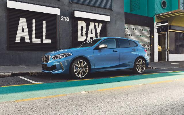 TÄYSIN UUSI BMW 1-SARJA ALK. 229 € / KK* TAI 30.544 €