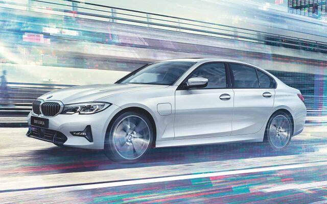 Täysin uusi BMW 3-sarja.
