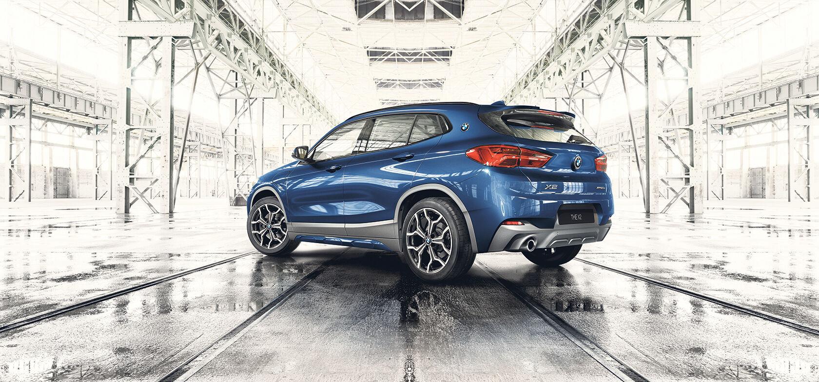 BMW X2 LADATTAVA HYBRIDI
