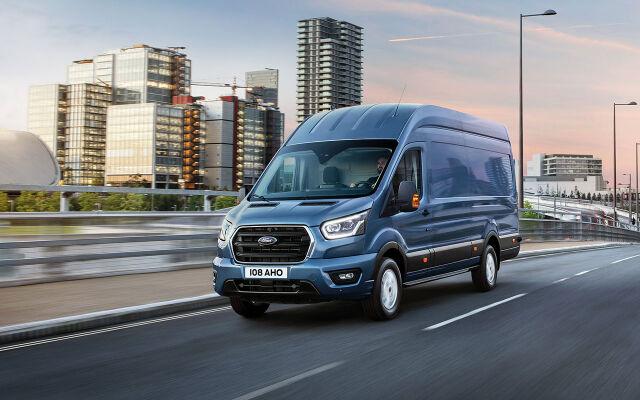 Uusi Ford Transit Van