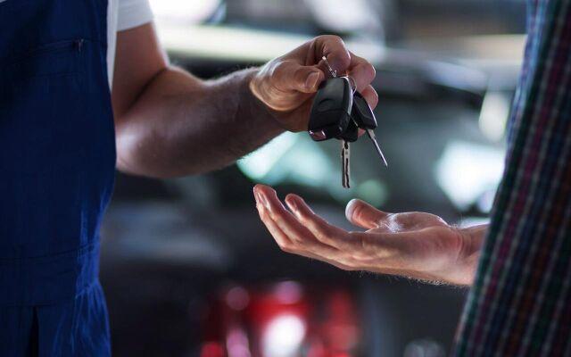 BMW Vakuutusasiakkaille siirtopalvelu veloituksetta