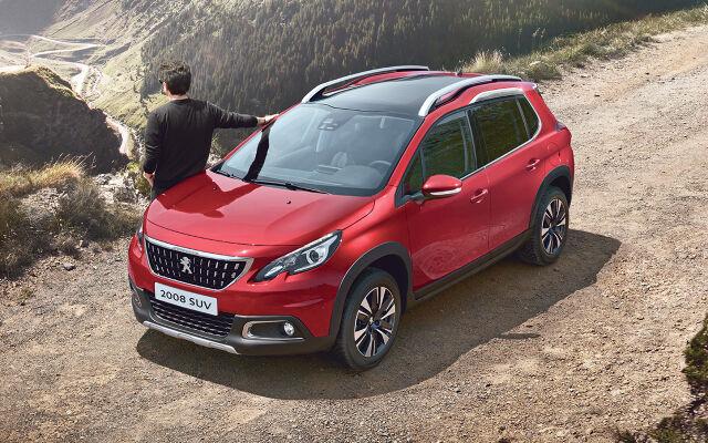 Peugeot 2008 SUV Motion - Safety Pack veloituksetta