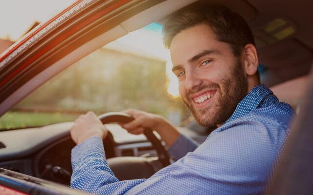 Osta auto helposti – toimitamme sen sinulle kotiin