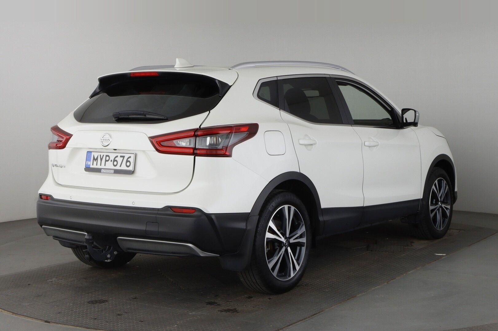 Nissan Qashqai iso kuva 3